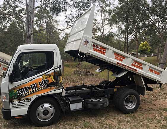 fuso-truck